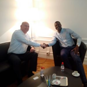 Son Excellence Mahamat KAMOUN , Premier Ministre de la République Centrafricaine (2014-2016) et Philippe Dieudonné – Président de la société HUMANUM EXECUTIVE